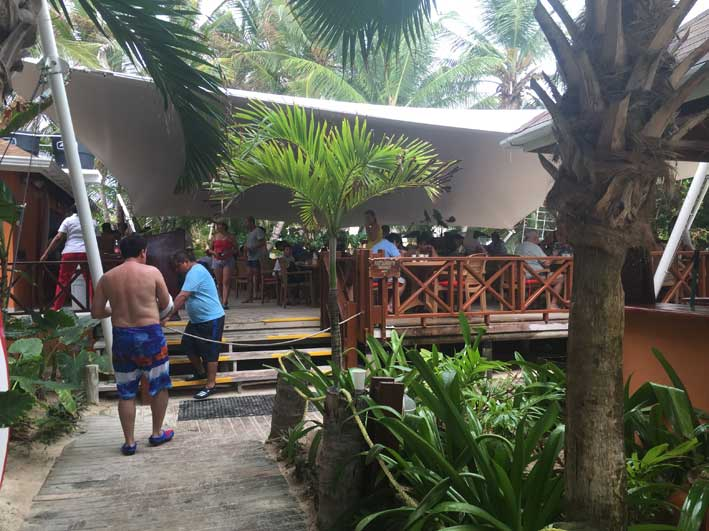 o-que-fazer-em-San-Andres-sem-sair-da-ilha-rocky-rest