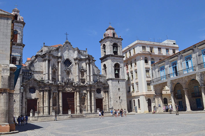havana-a-capital-cubana-catedral