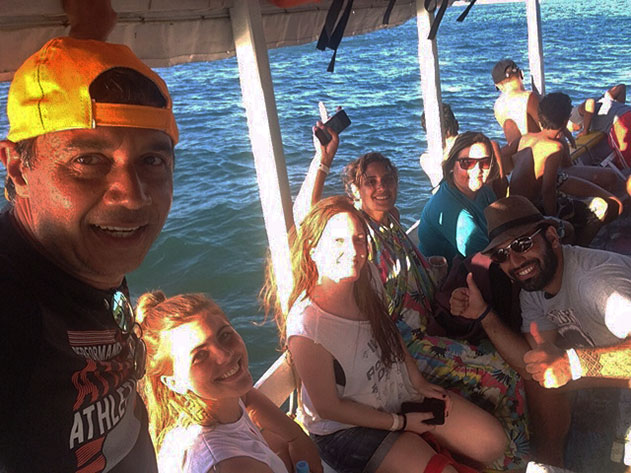 Barco indo pra Gamboa
