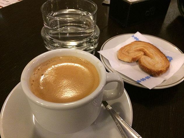 teatro colon café