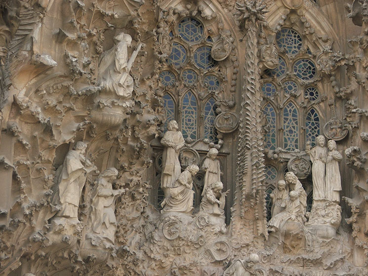 sagrada-familia-detalhes-fachada