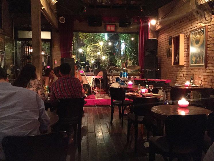 madeleine jazz bar em sao paulo 1