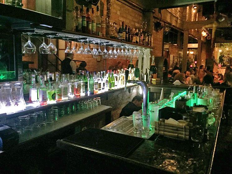 madeleine jazz bar em sao paulo bar
