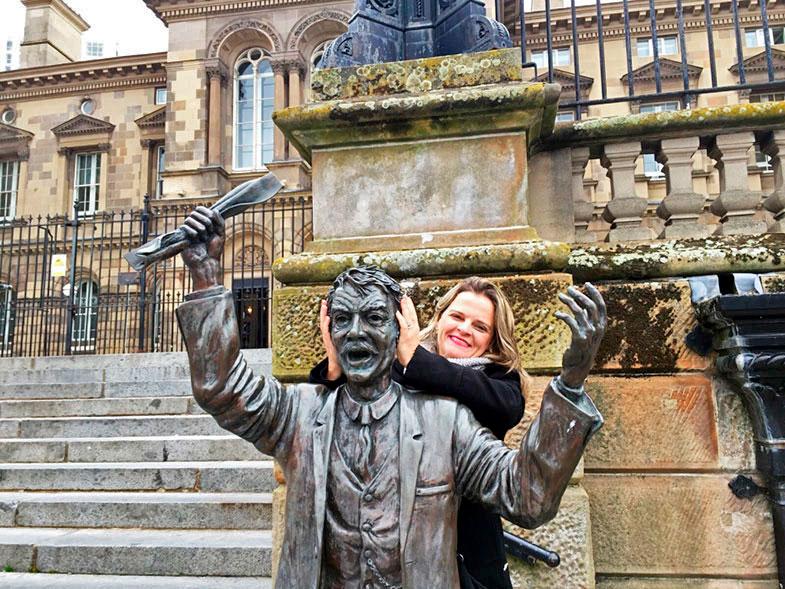 Estátuas pelas ruas de Belfast