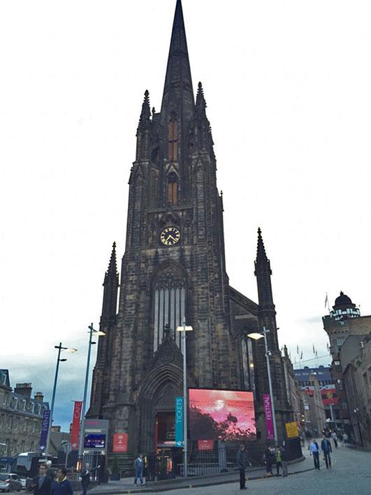 Igreja Tollbooth Kirk em Edimburgo