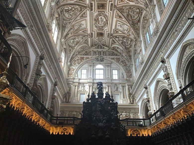 Altar da mesquita-catedral em Córdoba