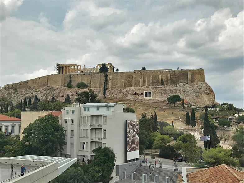 Vista panorâmica do restaurante do Museu da Acrópole de Atenas