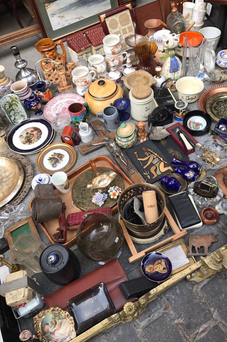 Dica de um passeio de domingo em Madrid é conhecer o popular Mercado do Rastro.