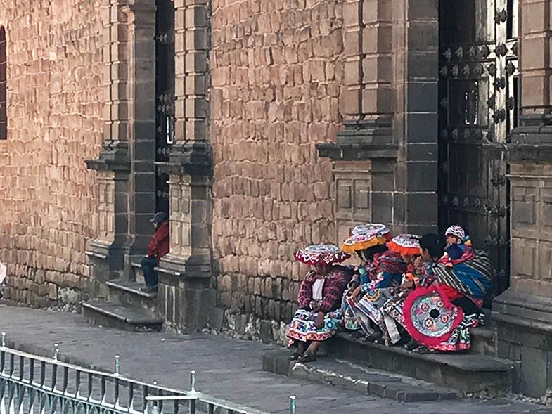 Cholas pelas ruas de Cusco