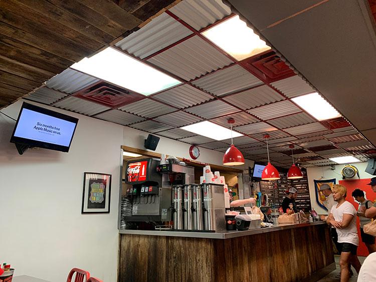 Hattie Bs Hot Chicken - onde comer em Nashville