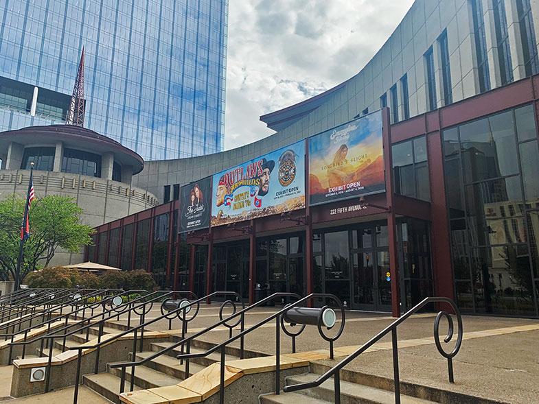Museus em Nashville - fachada do Country Music Hall of Fame