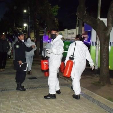 GEDC0888 Cañuelas Coronavirus COVID-19 mega operativo de desinfección con la Policía Ecológica y Bomberos de la Provincia de Buenos Aires.