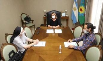 Cañuelas Fassi firmó convenios para el funcionamiento de los centros de aislamiento.