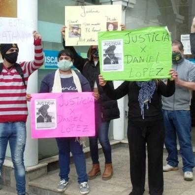 , Cañuelas, marchó en pedido de justicia por Daniel López y Mirta Barcia, Cañuelas Noticias - Noticias de Argentina
