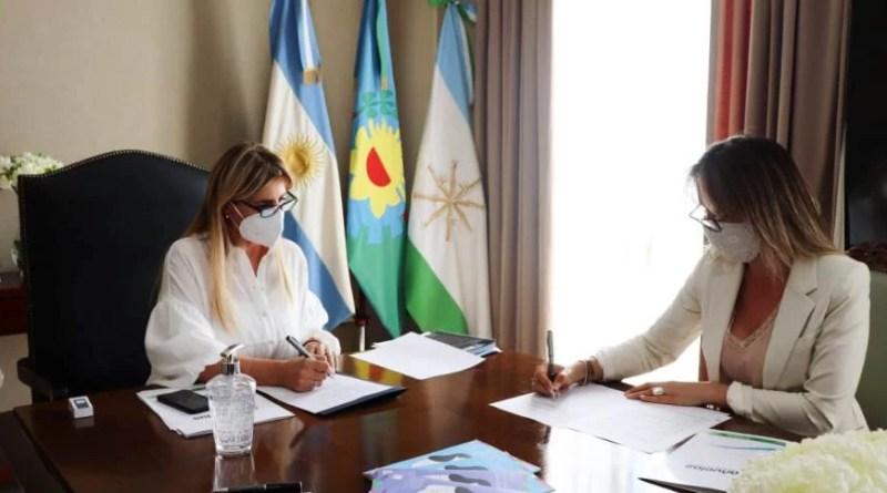 , Cañuelas:  La Sra. Intendenta Municipal de Cañuelas,  Marisa Fassi  recibió a la Titular de AYSA  Sra. Malena  Galmarini., Cañuelas Noticias - Noticias de Argentina