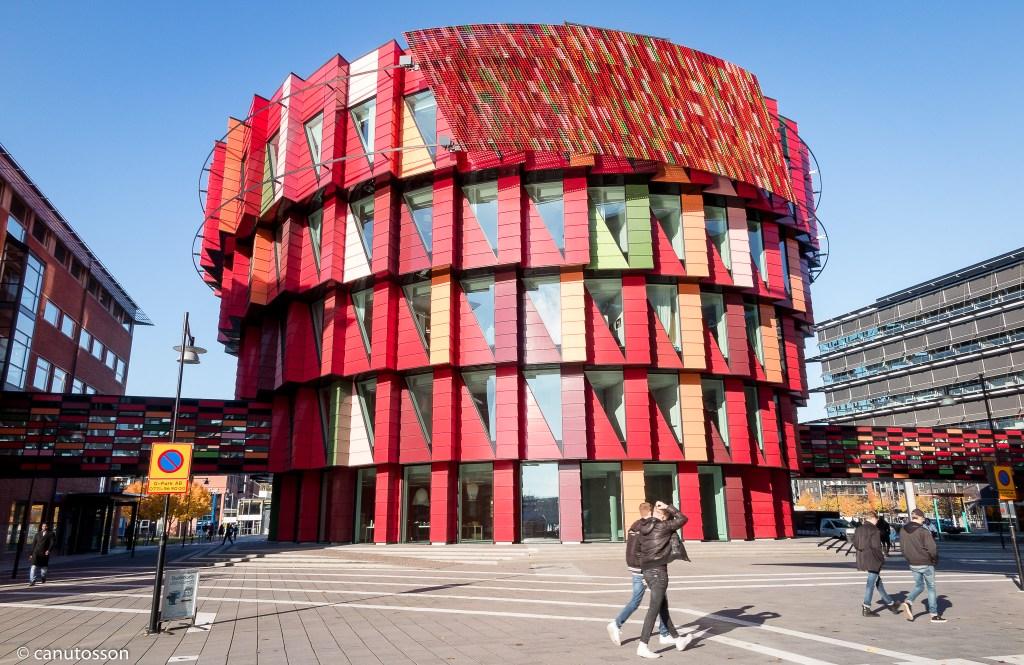 Kuggen (Rueda dentada) diseñada por Gert Wingårdh. Gotemburgo, Suecia