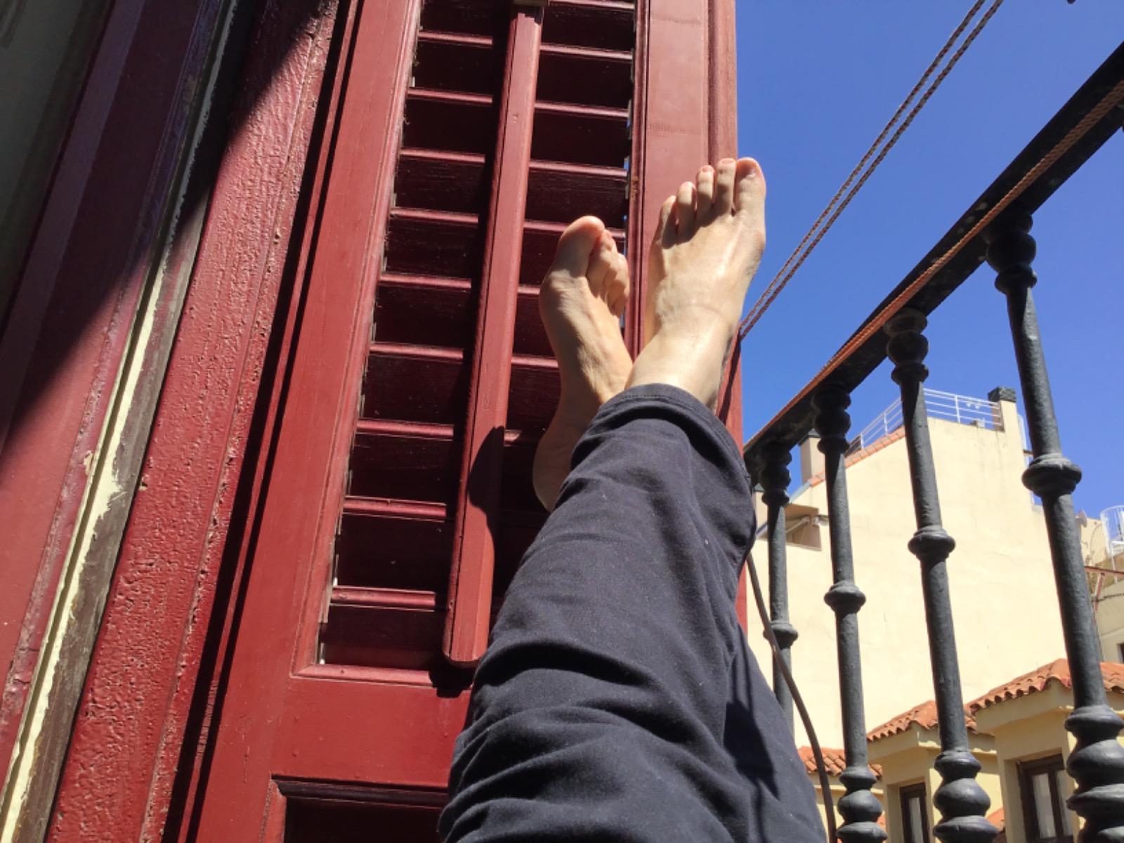 No tengo el Parque del Retiro a mano pero tengo balcón. De Celia Martínez, Madrid.