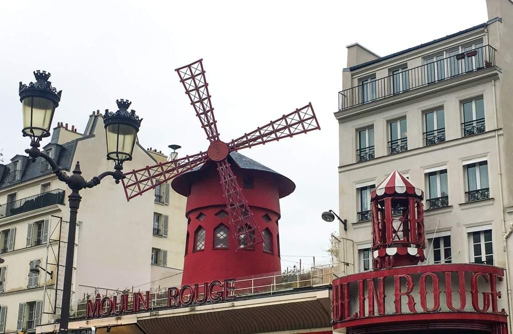 Moulin Rouge - Montmartre, Paris