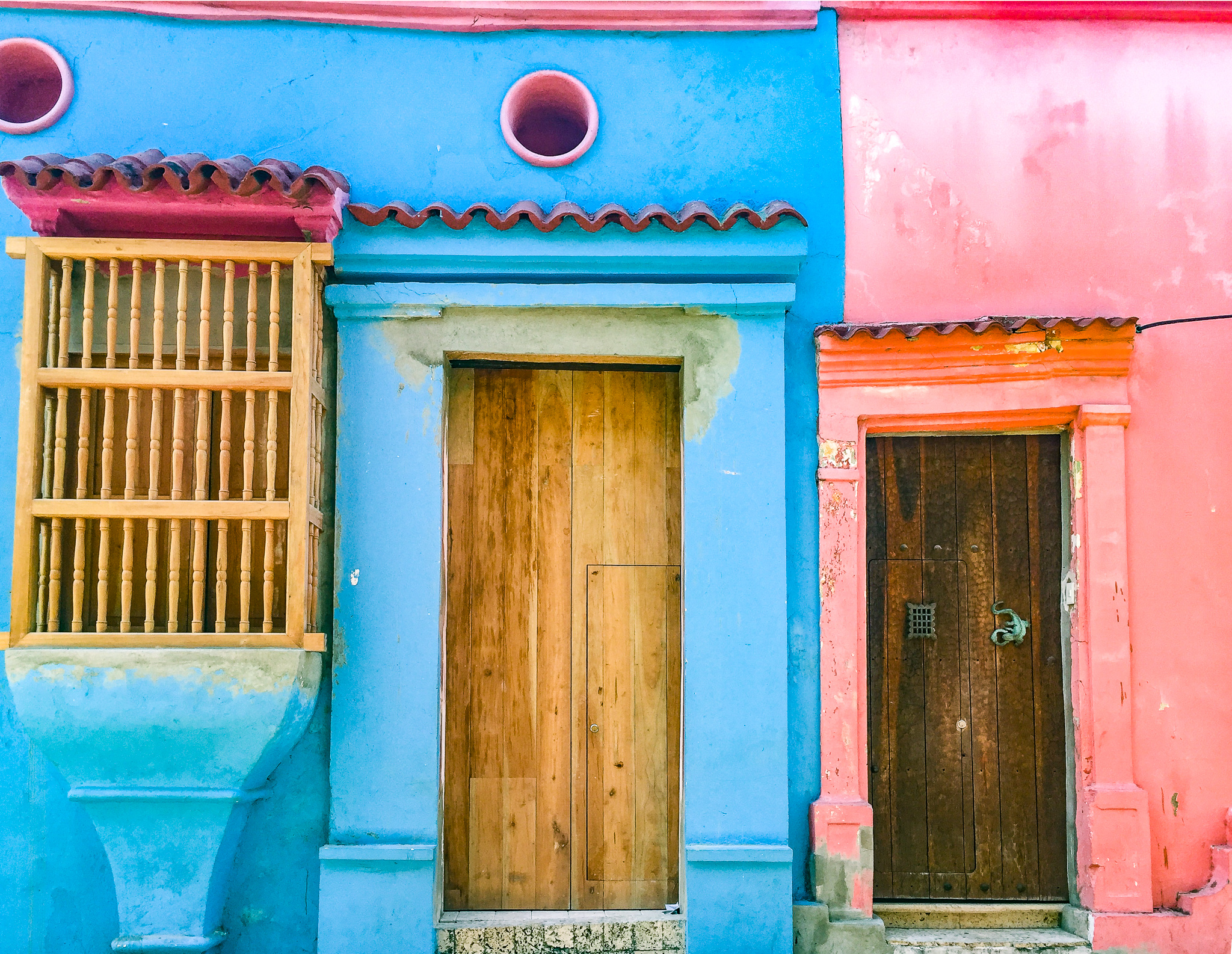 Things to do in Cartagena, Colombia - colorful homes