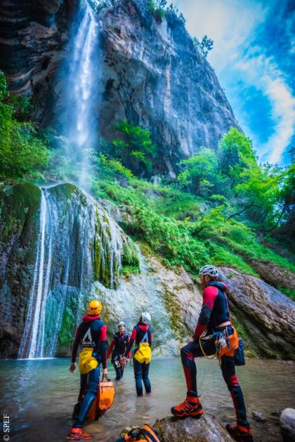 photo canyoning loup courmes