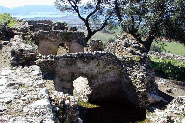 Cisternas de decantación del Castellum Aquae de Sierra Aznar.