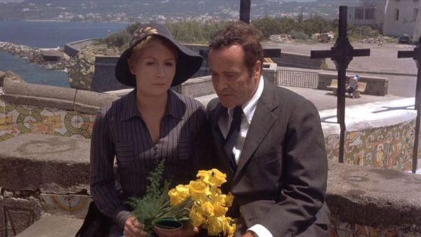 Juliet Mills y Jack Lemmon, en una escena de 'Avanti!'.