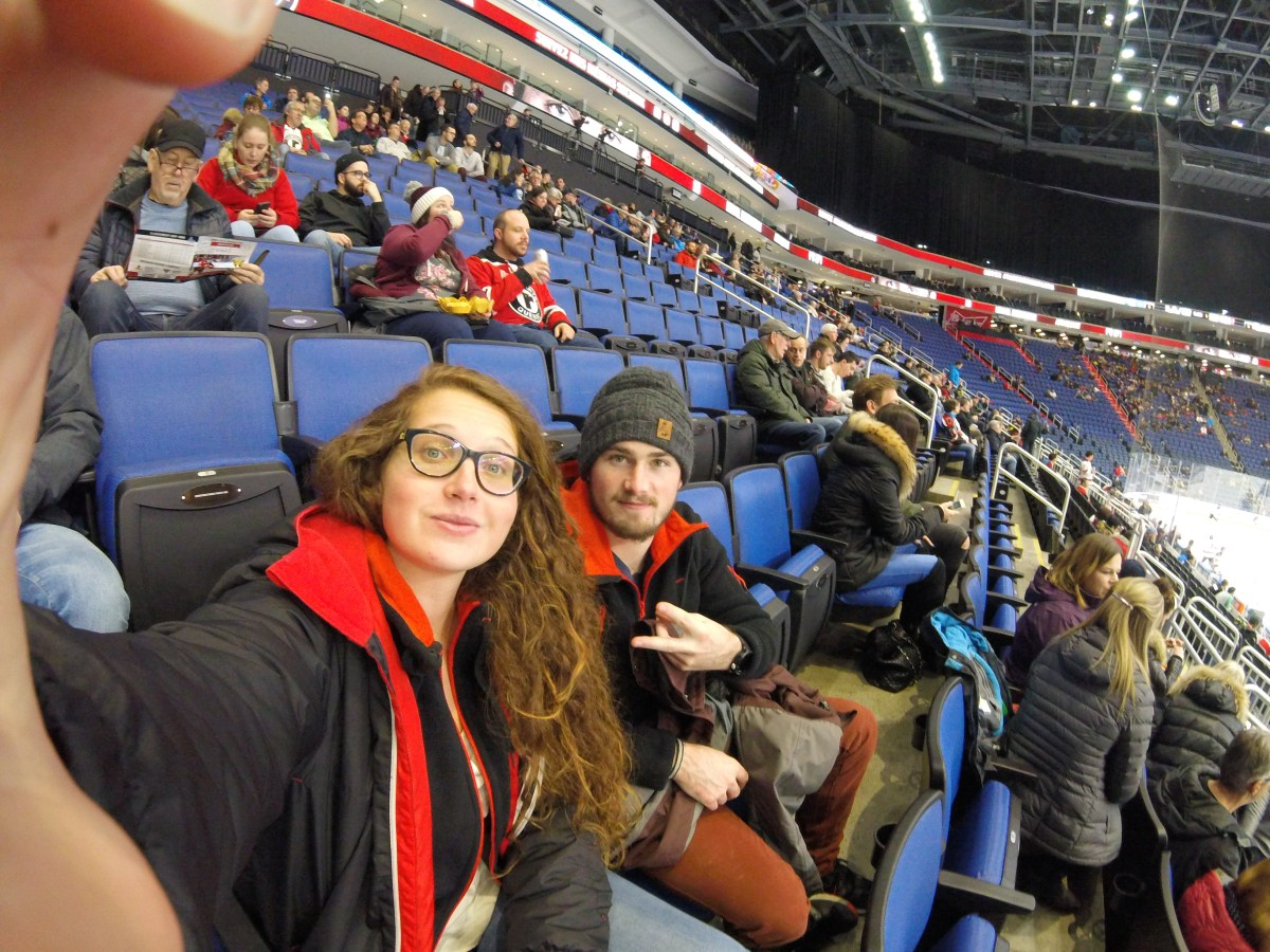 J+137 Assister à un match de hockey !