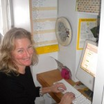capability mom blogs at kitchen desk
