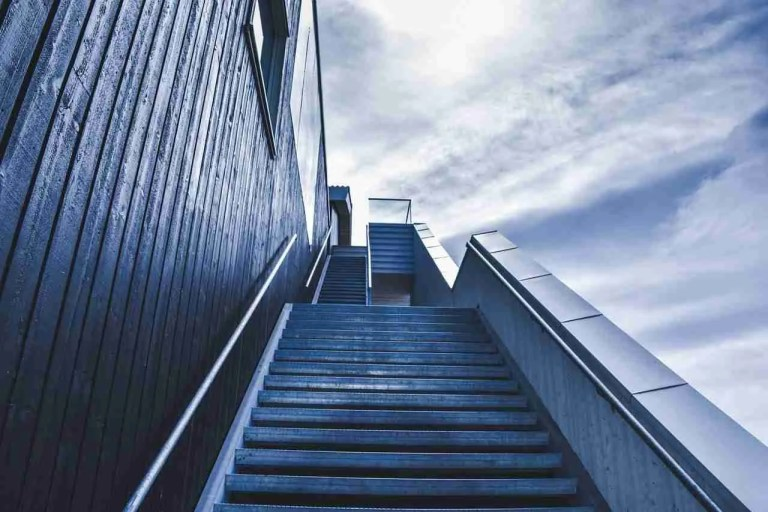 stairway-828883_1280