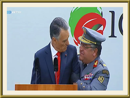PhotoDestaque - 10 de Junho de 2014 - General Pina Monteiro com o Presidente Cavaco Silva - O Herói da Guarda - Capeia Arraiana
