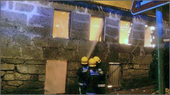 Incêndio em habitação (foto de arquivo)