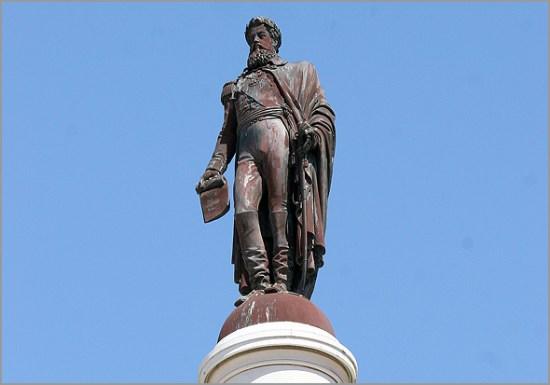 Estátua do rei D. Pedro IV, no Rossio - Capeia Arraiana
