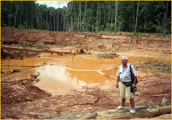 Franklim nas minas de ouro de Las Claritas