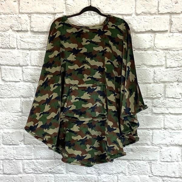Adult Teen Hospital Gift Fleece Poncho Cape Ivy Camouflage