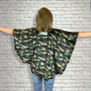 Child HospitalGift Fleece Poncho Cape Ivy Camouflage