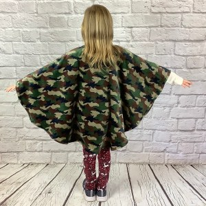 Child Hospital Gift Fleece Poncho Camouflage