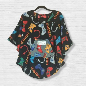 Child Hospital Gift Fleece Poncho Cape Ivy Black Gamer