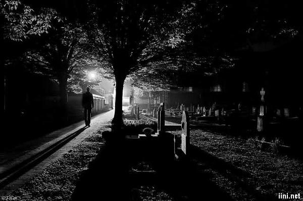 1001 hình ảnh ĐÊM buồn lặng lẽ, đêm cô đơn (có thơ ngắn hay) | IINI Blog