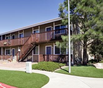 Flagstaff Appartments Ponderosa Park Apartments In