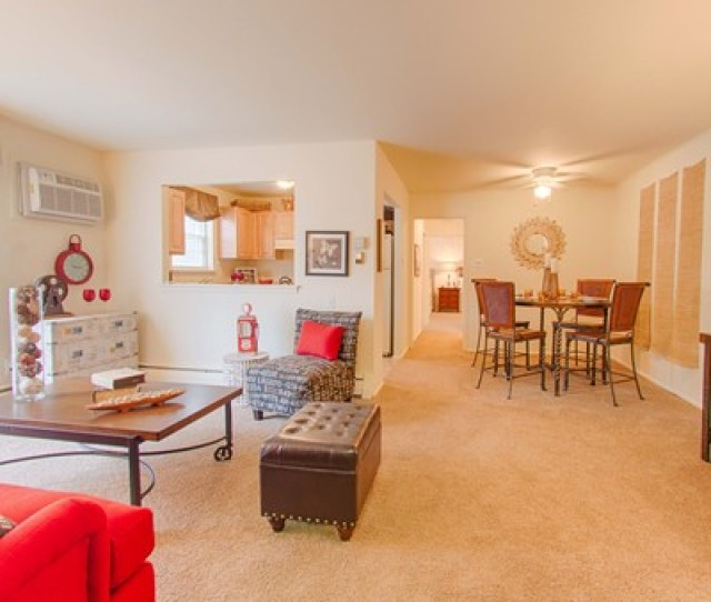 Apartments At Pine Brook Living Room
