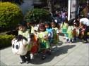 Los niños del kinder de la parroquia también estuvieron presentes
