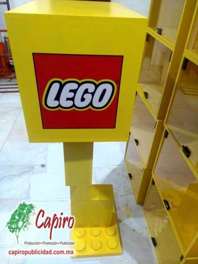 Mostrador MDF Proyecto Blin Builder LEGO 1