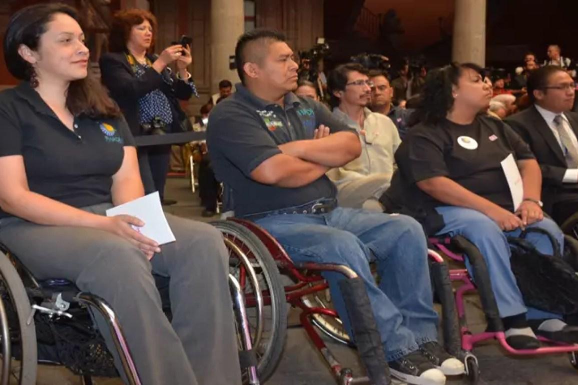 Avalan garantizar 5% de empleos para discapacitados