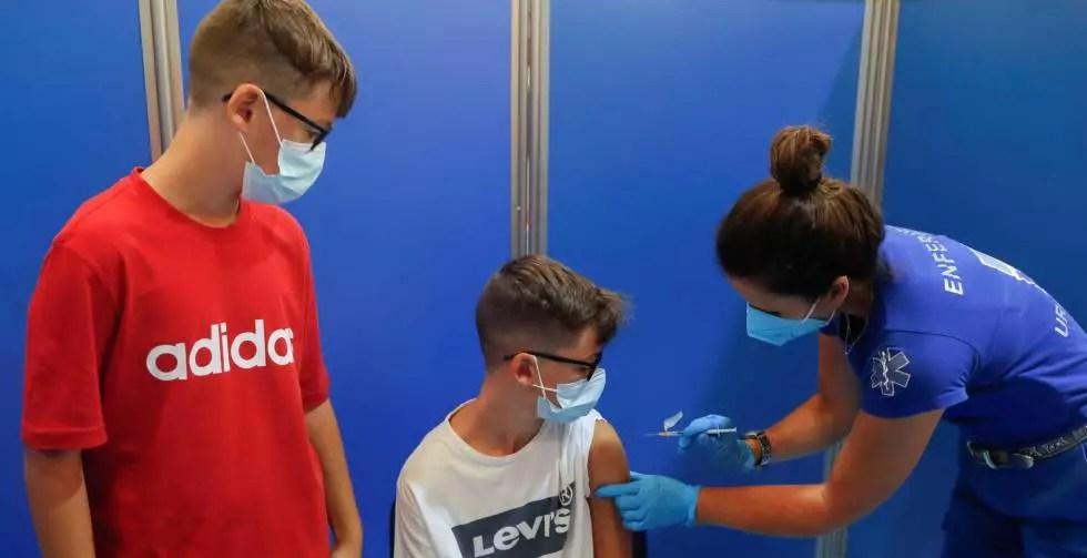 Vacunación a menores entre 5 y 11 años en Octubre