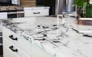 Smart Home Decor Sells