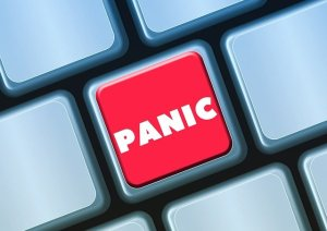 Panic button - something you should avoid when packing in a hurry for your NYC move