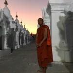 17_Mandalay_Kuthodaw Pagoda_o_maior_livro_do_mundo_Mandalay_Carlos_Martins