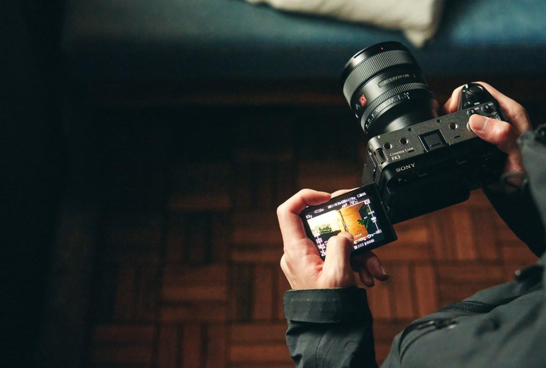 كاميرا سوني FX3