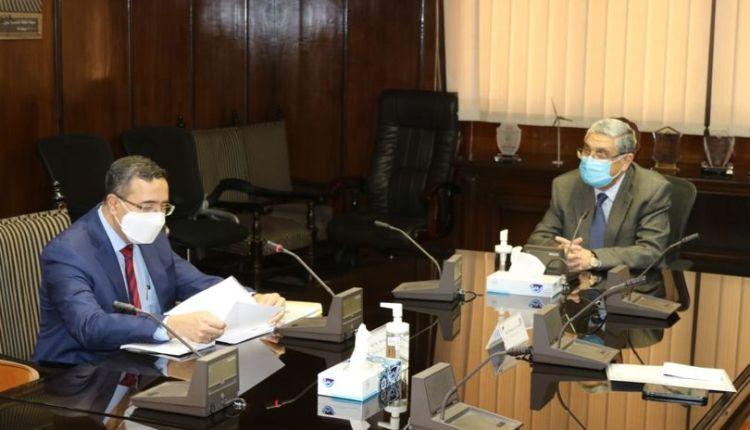 وزير الكهرباء يلتقى بسفير الهند لبحث سبل دعم وتعزيز التعاون