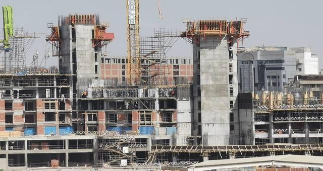 """وزير الإسكان يتابع الموقف التنفيذى لـ4 أبراج بمنطقة """"مثلث ماسبيرو"""""""
